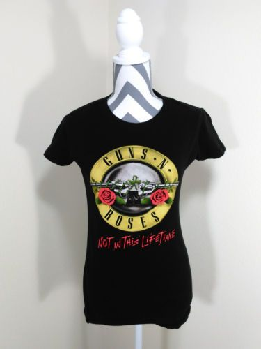 Guns N Roses NOT IN THIS LIFETIME 2016 Concert Tour Tee Shirt Woman Size Medium
