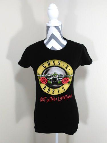 Guns N Roses NOT IN THIS LIFETIME 2016 Concert Tour Tee Shirt Woman Size Medium