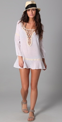 Ooh, the gauzy Eberjey Paradise Found tunic in white...good thing this isn't available in my size :-)