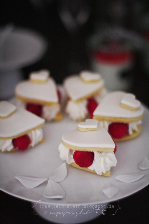 Valentines Day Dessert Recepe Love Romantic Rezepte Fräulein Klein : A  Valentine Dessert Table