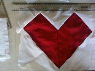 Capa de Almofada de Coração em patchwork!!!