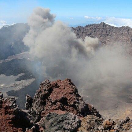 Raung's caldera few days before eruption