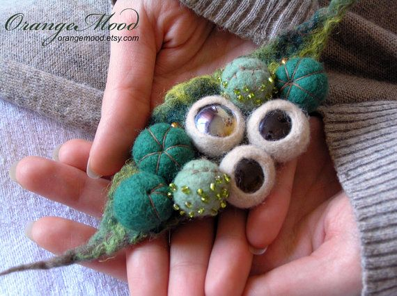 "felted brooch ""magical wood"""