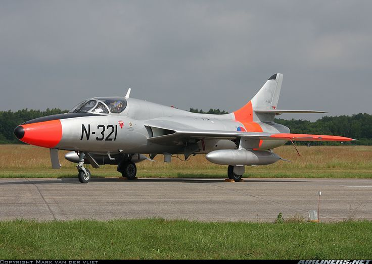 Hawker Hunter T8C (Dutch Hawker Hunter Foundation)