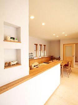 「自然素材に心安らぐ平屋の家」