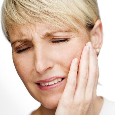 Pain in the cheeks and jaws can be a result of TMJ problems and jaw tension. Acurpessure can help in relaxing jaw tension effectively.
