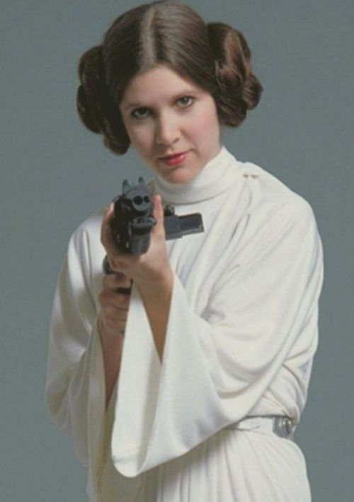Princess Leia, Star Wars 1977 @retrostarwarsstrikesback                                                                                                                                                                                 Más