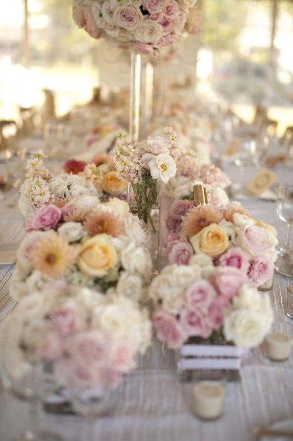 Bundles and bundles of beautiful flowers! Photography by frphoto.com / Floral Design by latulipefloraldesigns.com