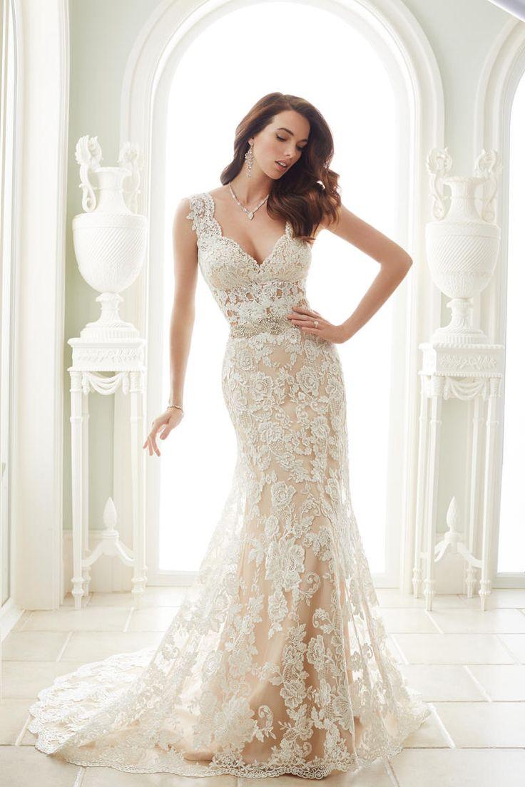 Best 25+ Ivory lace wedding dress ideas on Pinterest ...