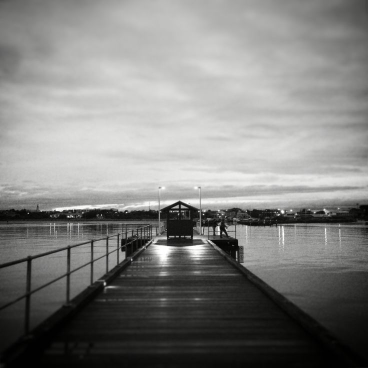 An eerily peaceful evening on Mordialloc Pier