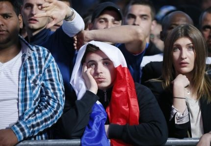 Des supporters français au Trocadéro devant la retransmission du math France-Espagne du 23 juin 2012