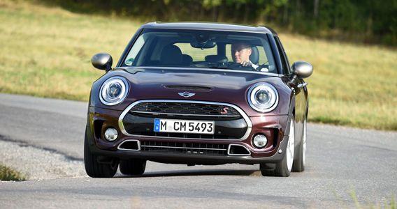 Der Mini Clubman Cooper S macht auch in Kurven eine gute Figur. Bild: BMW http://www.automobil-produktion.de/2015/09/mini-clubman-cooper-s-aufstieg-zum-premium-kompakten/