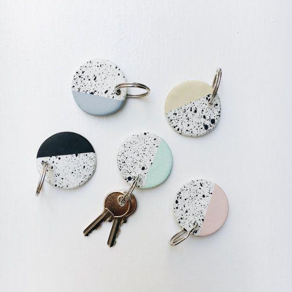 Cute keychain memphis design hand painted by AmenamenStudio