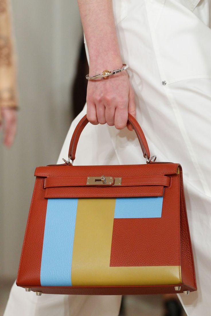 Hermes - Resort 2018. Colour block Kelly bag.