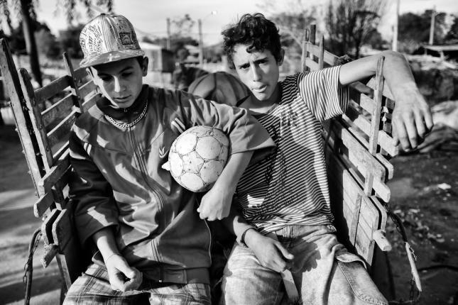 Pé de meia: fútbol de campito (BR) | Centro de Fotografía de Montevideo