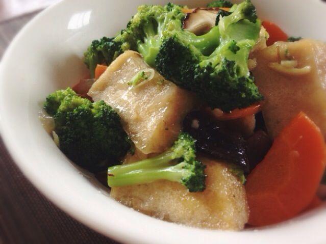 大好きな揚げ高野豆腐入りの炒めものです。高野豆腐がつるんとして美味しい〜 - 106件のもぐもぐ - 揚げ高野豆腐と野菜の中華炒め by machimachicco