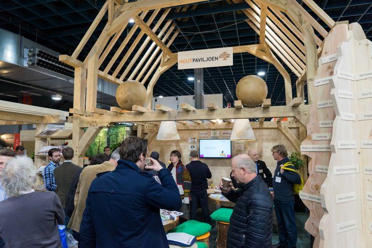 De #houtpro+ beurs, #stand van Houtpaviljoen. Check het logobord.