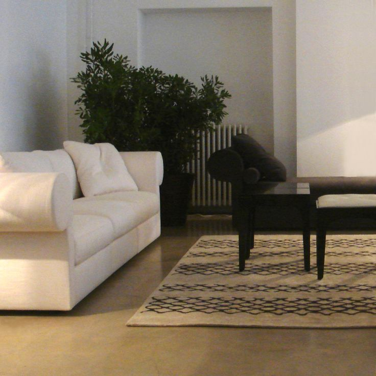 'Onoko Nl1' rug. www.rugs.kristiinalassus.com