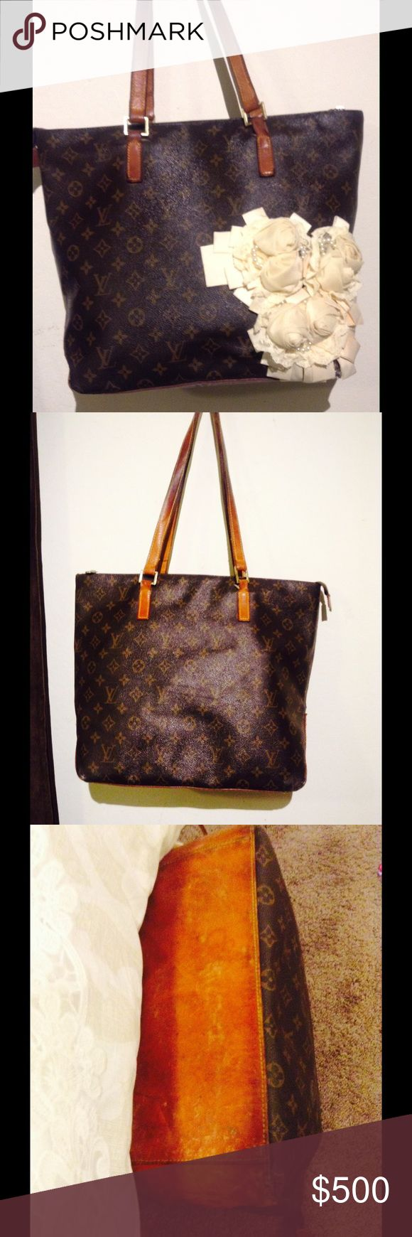 Louis Vuitton cabas mezzo tote The bag is 100% authentic comes with dustbag the original stated that there was a big scratch on the front therefor she patched with floral design also there is some sign do wear on the bottom corner. Louis Vuitton Bags Totes