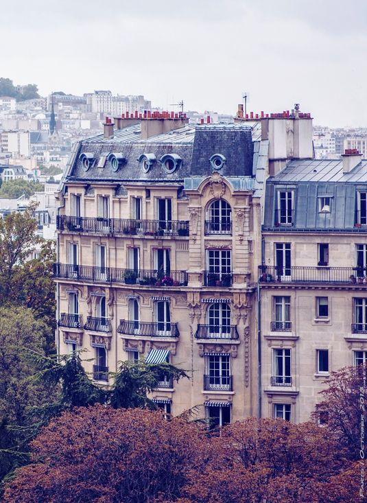 Love the beauty of Parisian architecture!   #Paris #France