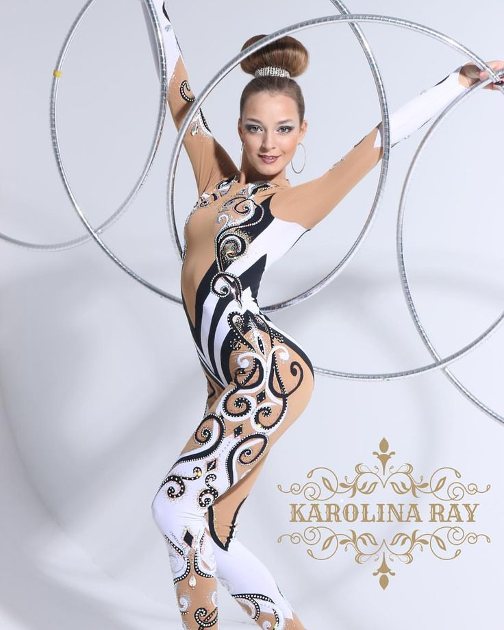 57 отметок «Нравится», 3 комментариев — Karolina Ray (@karolina_ray) в Instagram: «Костюм для цирковой артистки♀️♀️♀️#сценическийкостюм #цирк #цирковойкостюм…»