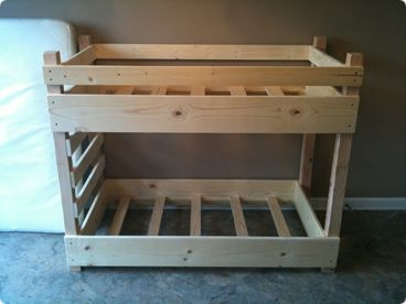 A small Toddler Bunk Bed that takes up less space in the bedroom!