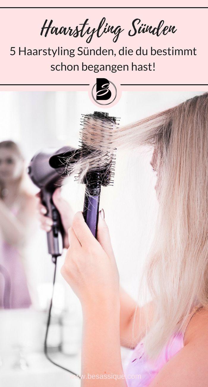 Obwohl wir täglich Föhnen, Glätten, Locken und Stylen gibt es 5 Haarstyling - Sünden, die wir immer wieder begehen. Klicke hier für Haarstyling Tipps für Mittellange oder Lange Haare mit Pony oder ohne. #haarstyling #haarstylinghacks