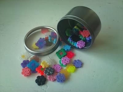 Dekorative små gaver eller bordpynt.