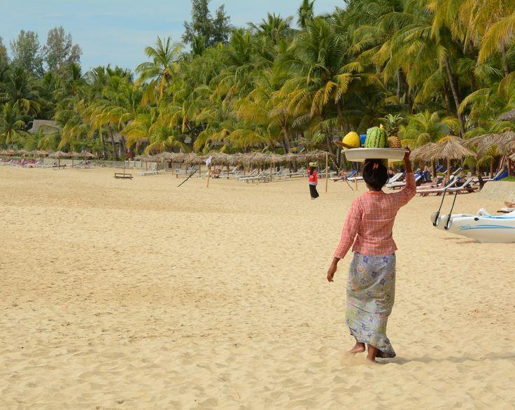 Faites une pause sur la plage de Ngapali Beach !