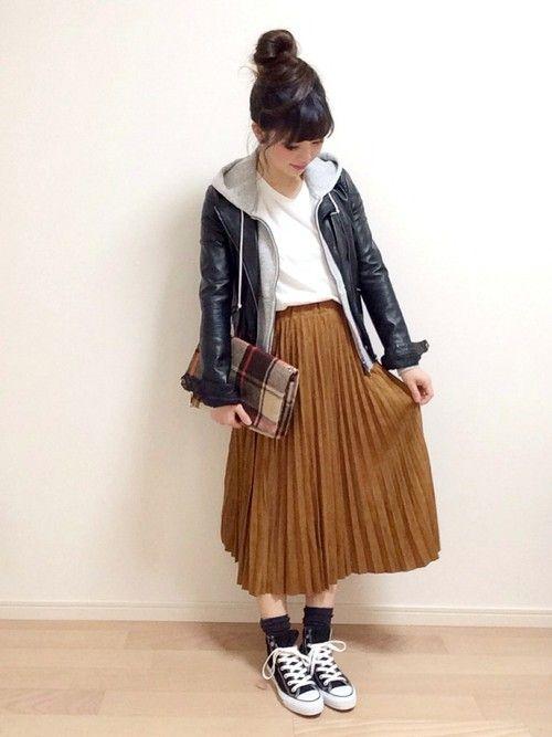mAy☆uMeさんのスカート「Ciaopanic 【Ciaopanic】 フェイクスウェード裏付きプリーツスカート」を使ったコーディネート