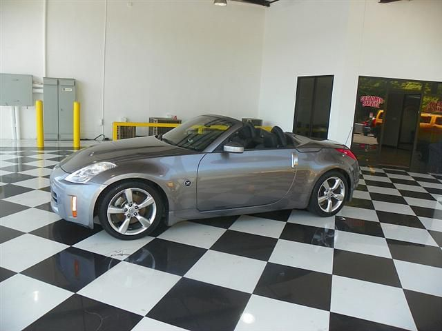 2007 Nissan 350Z 2d Roadster Enthusiast 6spd Lara's Truck Inc 4135 Buford Dr. Buford, GA 30518 770-536-3335 http://www.larastrucks.net/ #LarasTrucks #Buford #GA #Georgia #CustomerService #Professionals #Cars #Trucks #SUVs #AutoSales #Experts #Nissan #350Z #Roadster