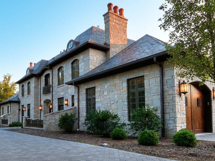 60 best architectural windows and doors manufactured by for Classic chicago house