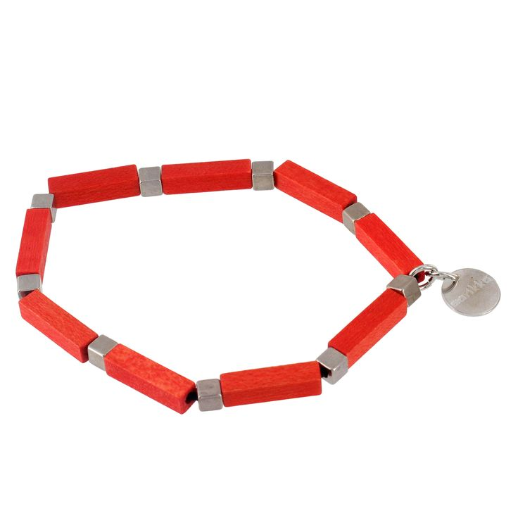 Aarikka - Bracelets : Olki bracelet. The classically beautiful, fresh and light Olki suits a variety of outfit styles. Designer: Tina Willström.