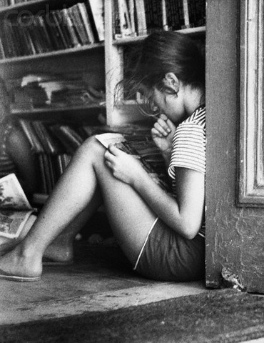 Caroline Kennedy Reading on summer vacation, 10 years old