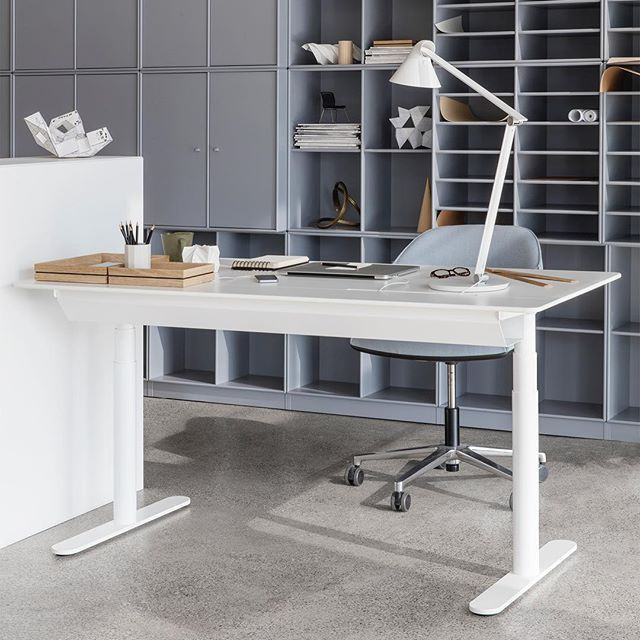 The HiLow 2 height-adjustable table with sliding top – that allows easy access to the cable well. #montanafurniture #danishdesign #interiordecor #homedecor #officespace #officedecor
