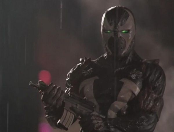 Spawn Movie | Spawn opens fire on the Violator with his OA-93, showing off the ...