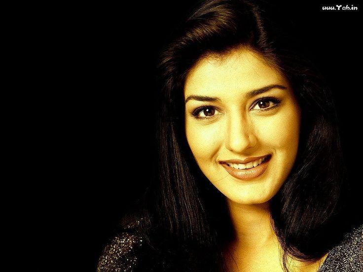 Bollywood Actresses | Sonali Bendre Smile | Sonali Bendre Wallpapers - yah.in