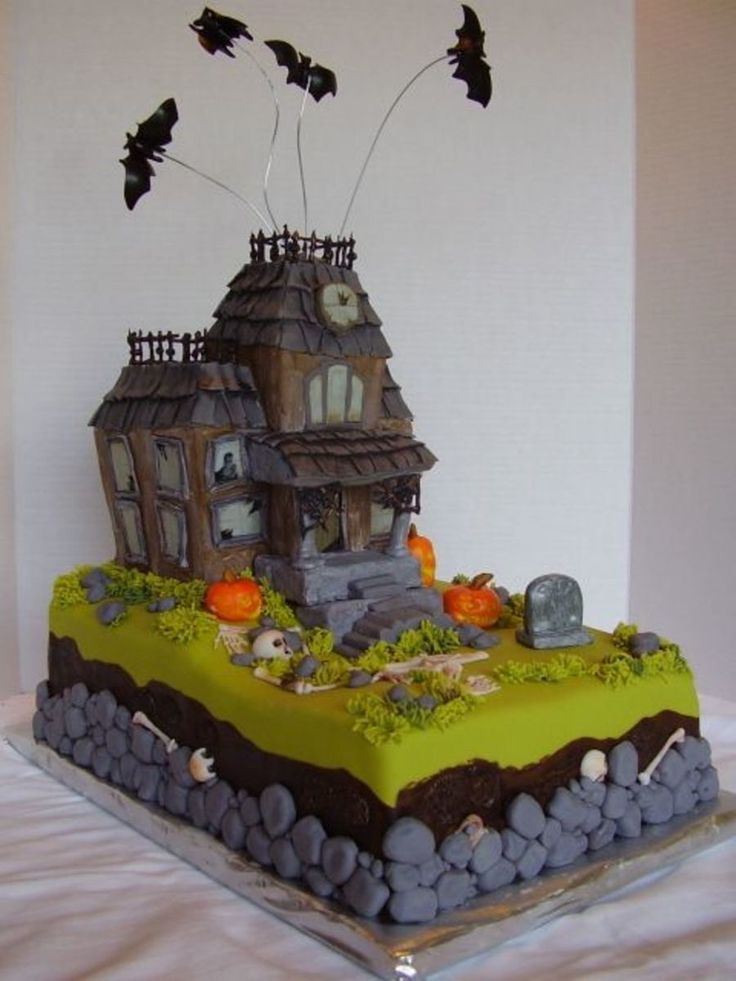 bones bats a haunted house on cake central