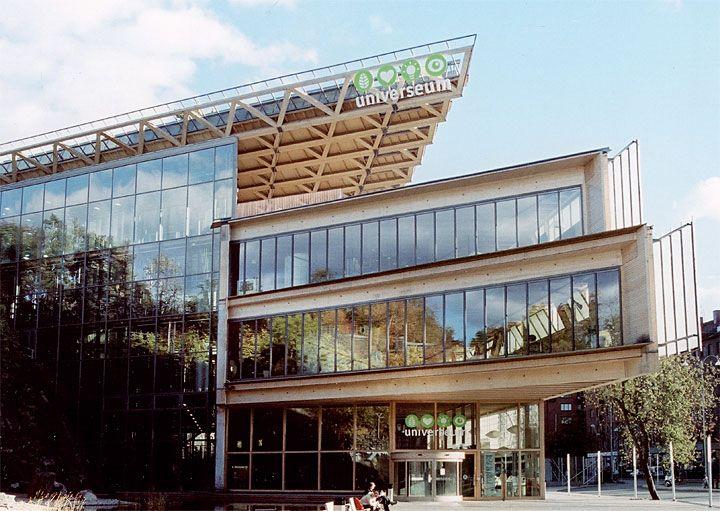 Universum: Obiekt o funkcji edukacyjnej w Göteborgu, Szwecja. Cały w konstrukcji drewnianej - ok. 2000 m3 drewna klejonego.