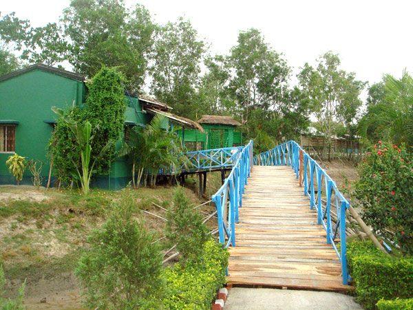 Entrance of United-21 Resort, Sunderbans