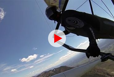 Epic Hang Gliding (Flying high in the snow mountains)