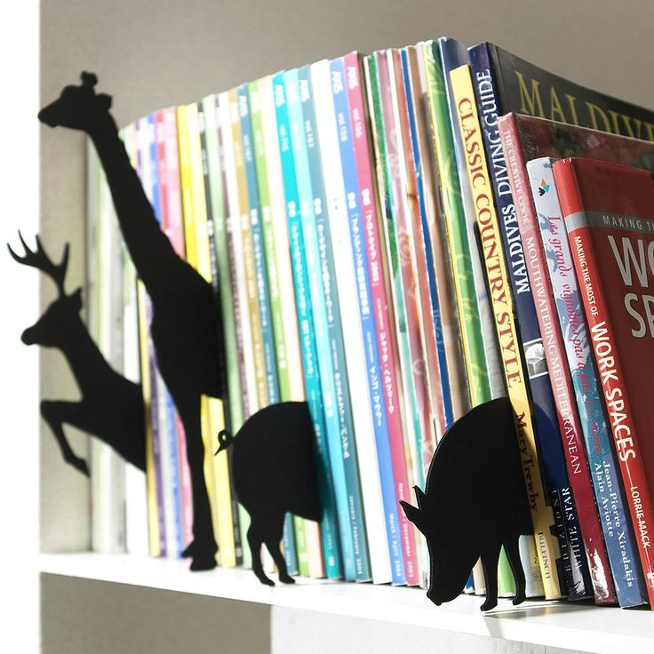 Animal Index - makes it look like the books are coming to life ^o^
