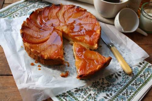 caramel quince pudding.  made using maggie beer's apple cake recipe (which I love!) and substituting quinces. Must try.