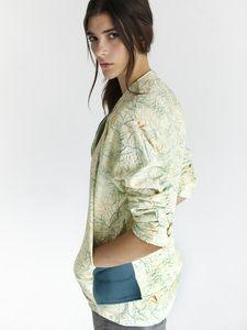 Image of  CAPENSI JACKET- lifegist- eco fashion- sustainable clothing- womens clothes- womens clothing- eco clothes- fashion- t-shirt- moda ecologica- moda sostenible-conscious clothes- clothes- clothing