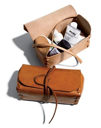 petite trousse indispensable - small travel bag for toiletries