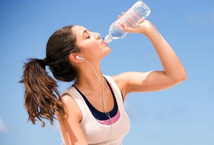Manfaat Air Putih Untuk Kelembaban Kulit