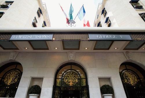 Hotel Four Seasons Paris George V (Paris, France)