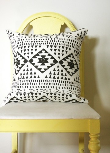 Gorgeous black and white modern southwest pillow. Could use the #cricut to cut out the pieces and iron onto a pillow?