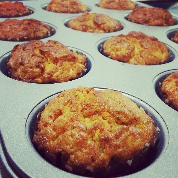 Chicken muffins, fruits and vegetables for me. Thank you Mom! #muffins #gourmet