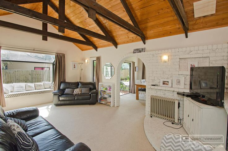 Love the brickwork and ceiling!